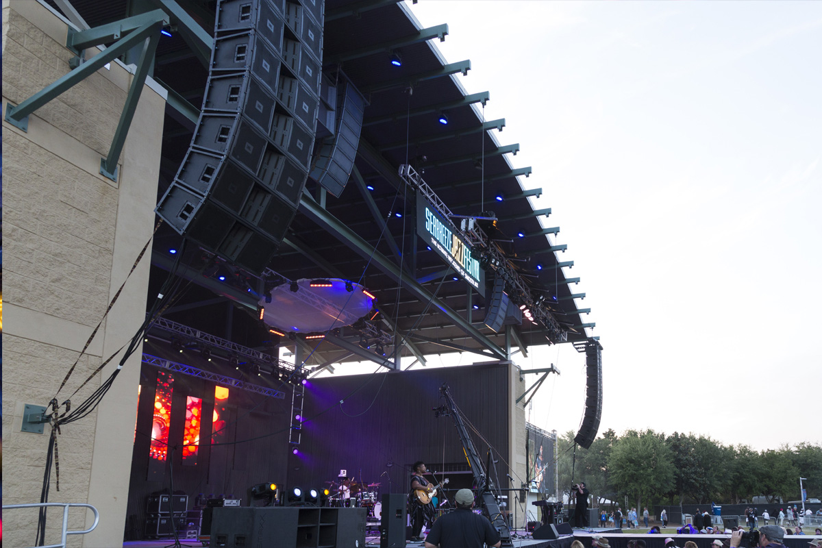http://protechserv.com/wp-content/uploads/2017/05/ProTech_Live_Production_Northwest_Florida_JBL_LineArray.jpg